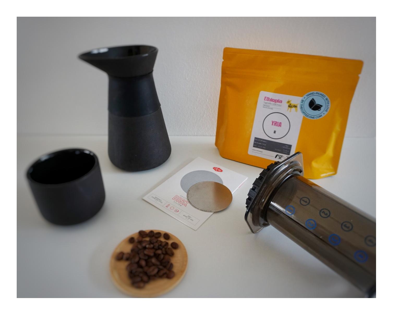 kaffe syre eller base